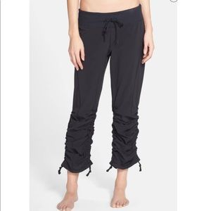 NWOT - Zella 'Work It' pants